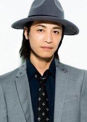 Ториуми Косукэ